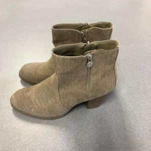 Simply Vera by Vera Wang Ankle boots size 8